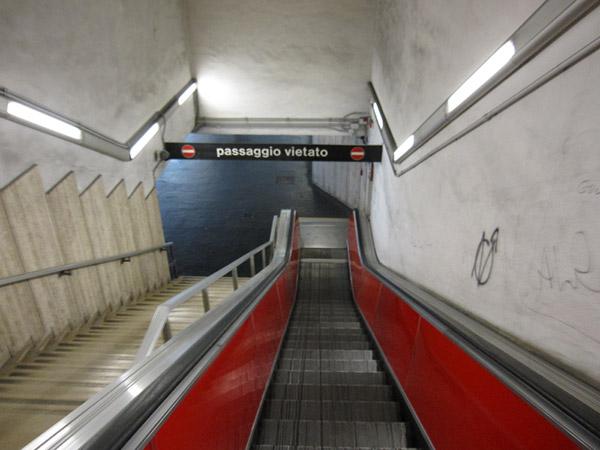 Италия-2010. Римское метро